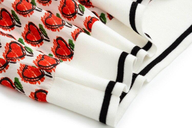 Nueva llegada 100% seda mujer moda impresa suelta camiseta suéter tops Oneck rojo uno y más tamaño - 5