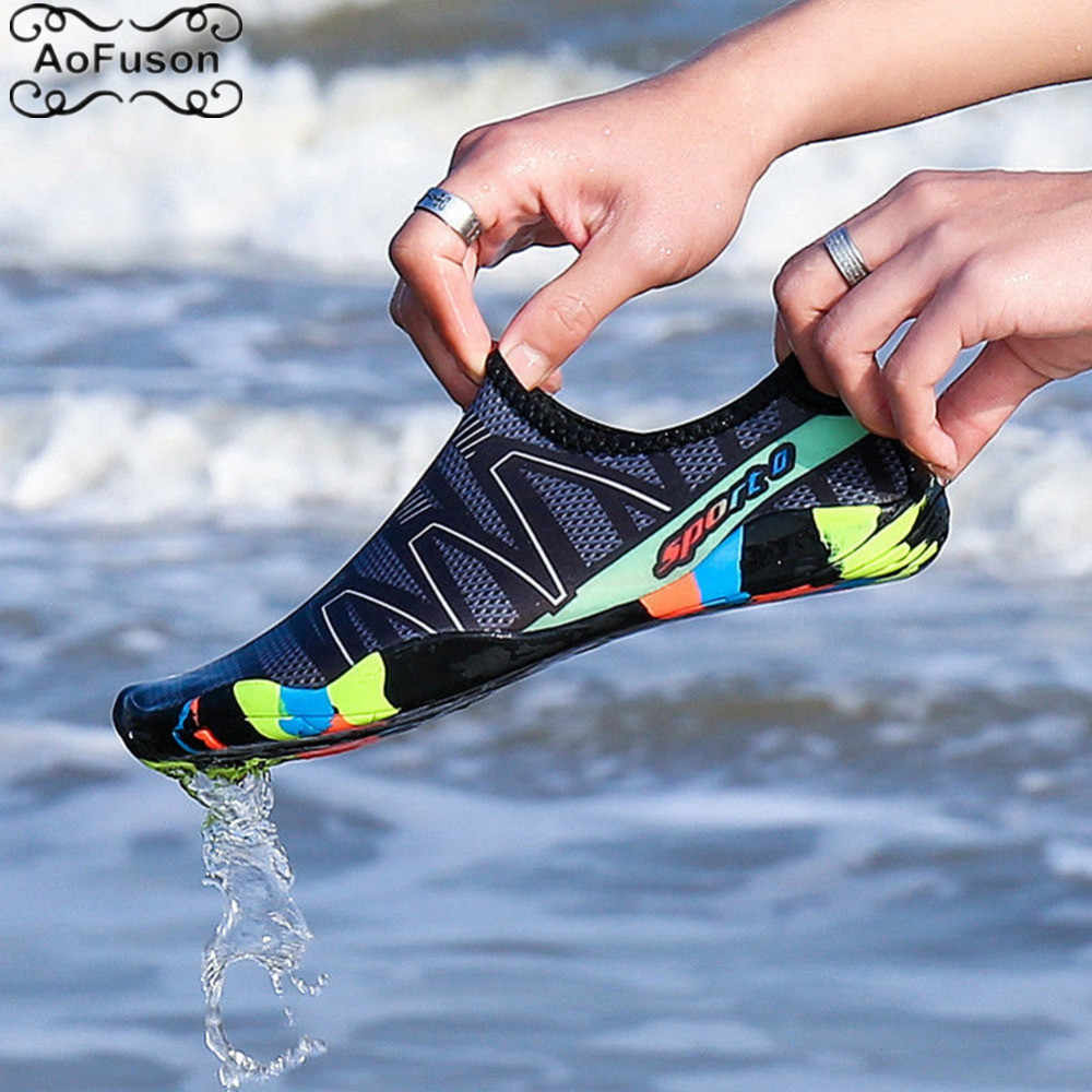 Unisex Water Sports Aqua Shoes Summer Swim Beach Shoes Seaside Surf Quick-Drying Slippers Upstream Light Athletic Footwear