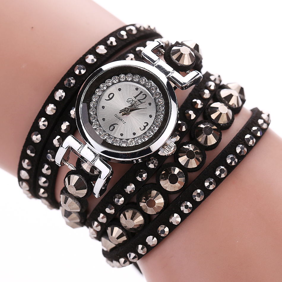 Punk Style Fashion Rivet Bracelet Watch Women Watches Rhinestone Ladies Watch Women's Watches Clock relogio feminino reloj mujer