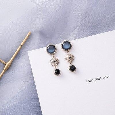 AOMU coréen bleu géométrique acrylique irrégulière cercle creux carré balancent des boucles d'oreilles pour les femmes en métal bosse fête plage bijoux 9