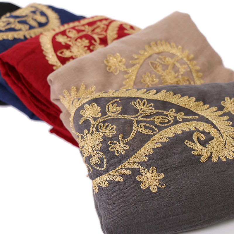 2019 Winter Fashion Embroider Cashew Floral Viscose Shawl Scarf Ladies High Quality Wrap Gold Thread Pashmina Sjaal Muslim Hijab