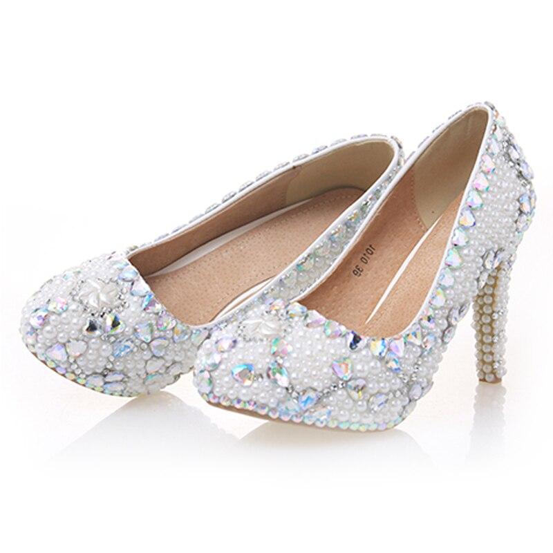 Туфли лодочки; женская свадебная обувь с жемчугом; белые туфли на высоком каблуке с украшением в виде кристаллов; пикантные женские свадебные туфли с круглым носком; женская обувь для вечеринок со стразами - 5