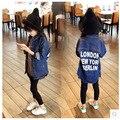 Bebê Meninas Outerwear Jaqueta de Roupas de Moda Meninas Washed Denim Shirt Casacos Longos Do Alfabeto Criança Partes Superiores Das Meninas Crianças Roupa Ocasional
