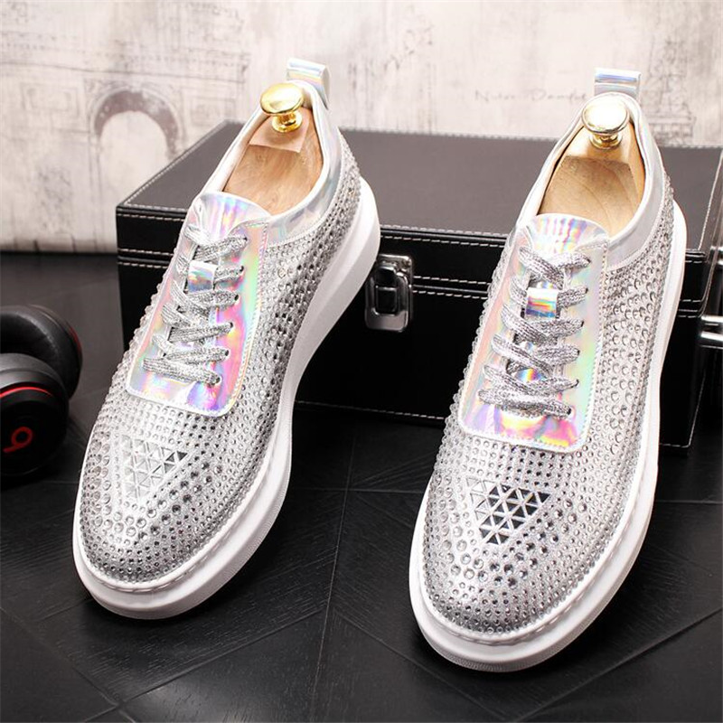 New Dandelion Spikes Flat Leather Shoes Rhinestone Fashion Mens Loafer Dress Shoes Men Casual Diamond Pointed Toe Driving Shoes 4