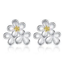 Женские серьги гвоздики из серебра 925 пробы с маленькими цветами