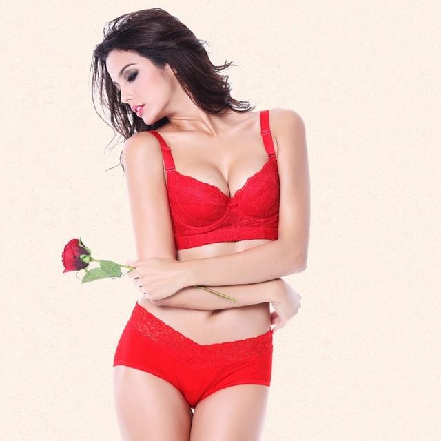 Plus Size Sutiã E Calcinha Conjuntos Para As Mulheres 2016 Sexy Lingerie Empurre Hot Up Bralette Underwire 3/4 Xícara Sólida Fina Lingerie de Renda conjunto