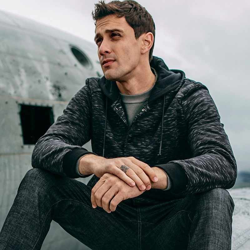 Осенняя мужская куртка с капюшоном и карманами в полоску серого цвета для мужчин Модная обтягивающая одежда новая мужская одежда верхняя одежда пальто 09302