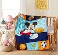 Promoção! conjunto berço cama coral do velo Cobertor do bebê dos desenhos animados Mickey Kitty Conjunto Colcha de cama recém-nascidos, 140*100 cm