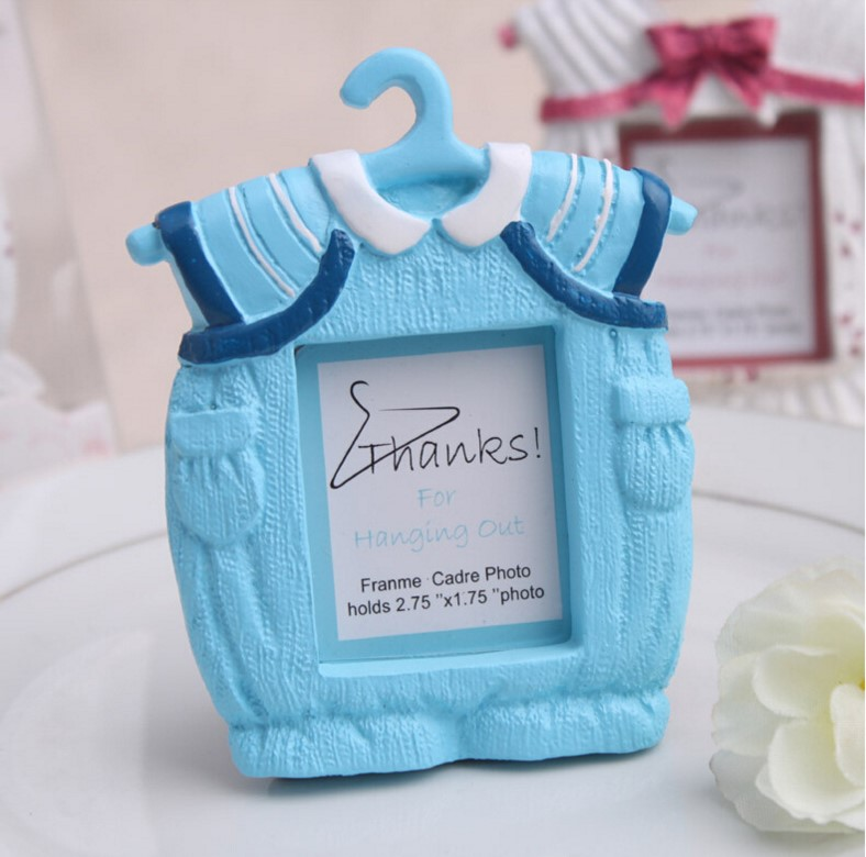 2pclot creative resin baby clothes with hanger mini photo frame for baby baptism party
