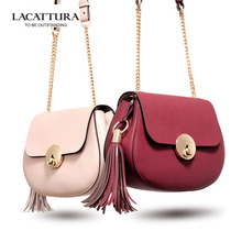 A1303  2017 new fashion Cute Shoulder bags women leather handbags leather bags women chain with leather belt tassel shell bags