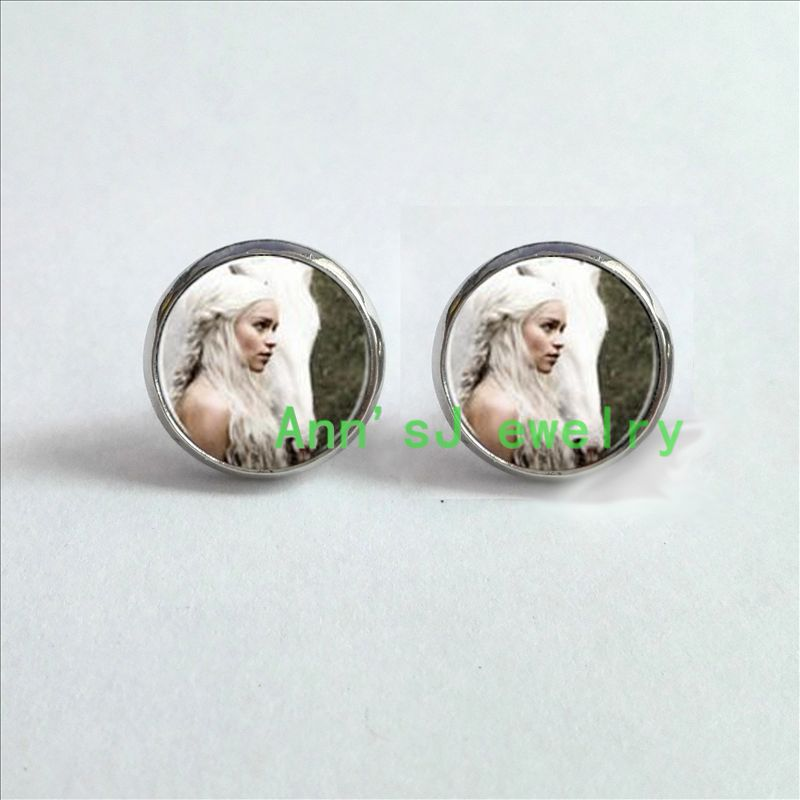 HZ4-00104 1pair Game Thrones Daenerys Targaryen. Khaleesi Horse. Mother Dragons ear stud jewelry glass Cabochon pierced earrings