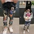 2016 Primavera Do Bebê Meninas Rato Dos Desenhos Animados calças de Brim Calças 2-7Yrs Crianças Roupas Da Moda Crianças calças de Brim Meninas Crianças Calças de Brim