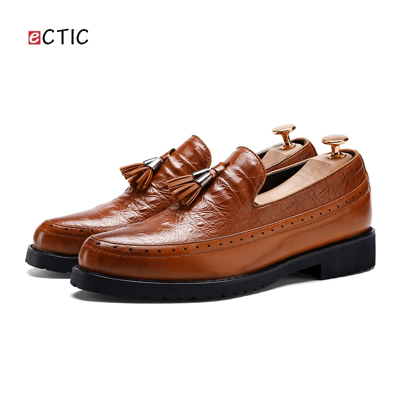 2018 Men Tassel Shoes Formal Mens Italian Wedding Loafers Dress Luxury Brand Office Flats Business Oxfords Crocodile 2017 fashion italian luxury brand formal mens dress shoes genuine leather wedding shoes crocodile men flats office oxfords shoes