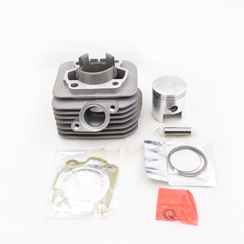 High Quality Motorcycle Cylinder Kit For Suzuki AG100 AG 100 100cc 2 Stroke Engine Spare Parts high quality motorcycle cylinder kit for yamaha majesty yp250 yp 250 250cc engine spare parts