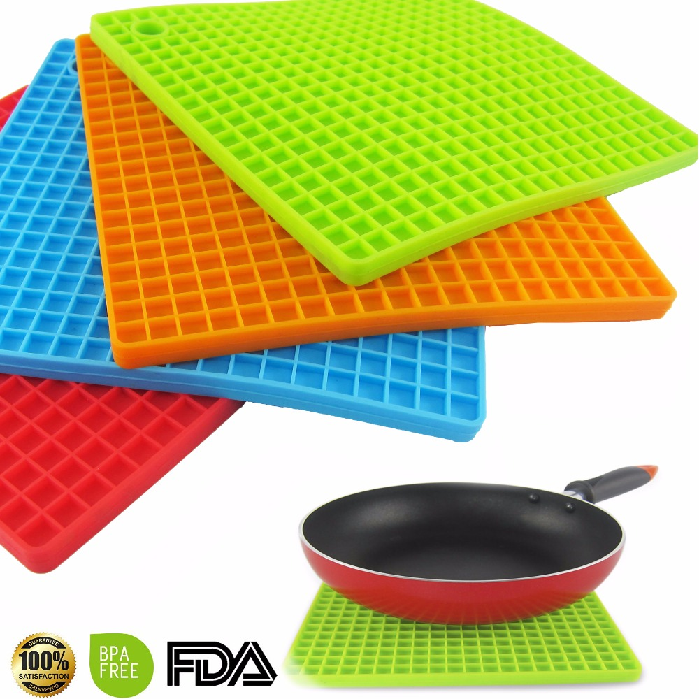 7 Inch Silicone Pot Holder Trivet Mat Jar Opener Spoon