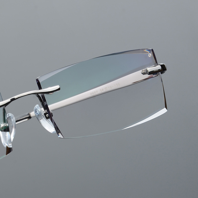 2018 Men's Pure Titanium Myopia Glasses Diamond Trimming Rimless Glasses Balancing Light Gradient Anti-Radiation Myopic Lenses