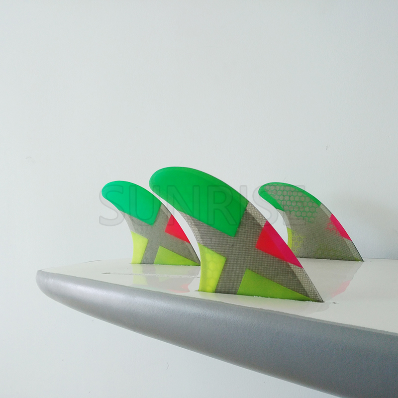 Купить с кэшбэком Surf Fins Future Fins G5 High Quality Quilhas Surfing Colorful Honeycomb Fins M Size Free Shipping