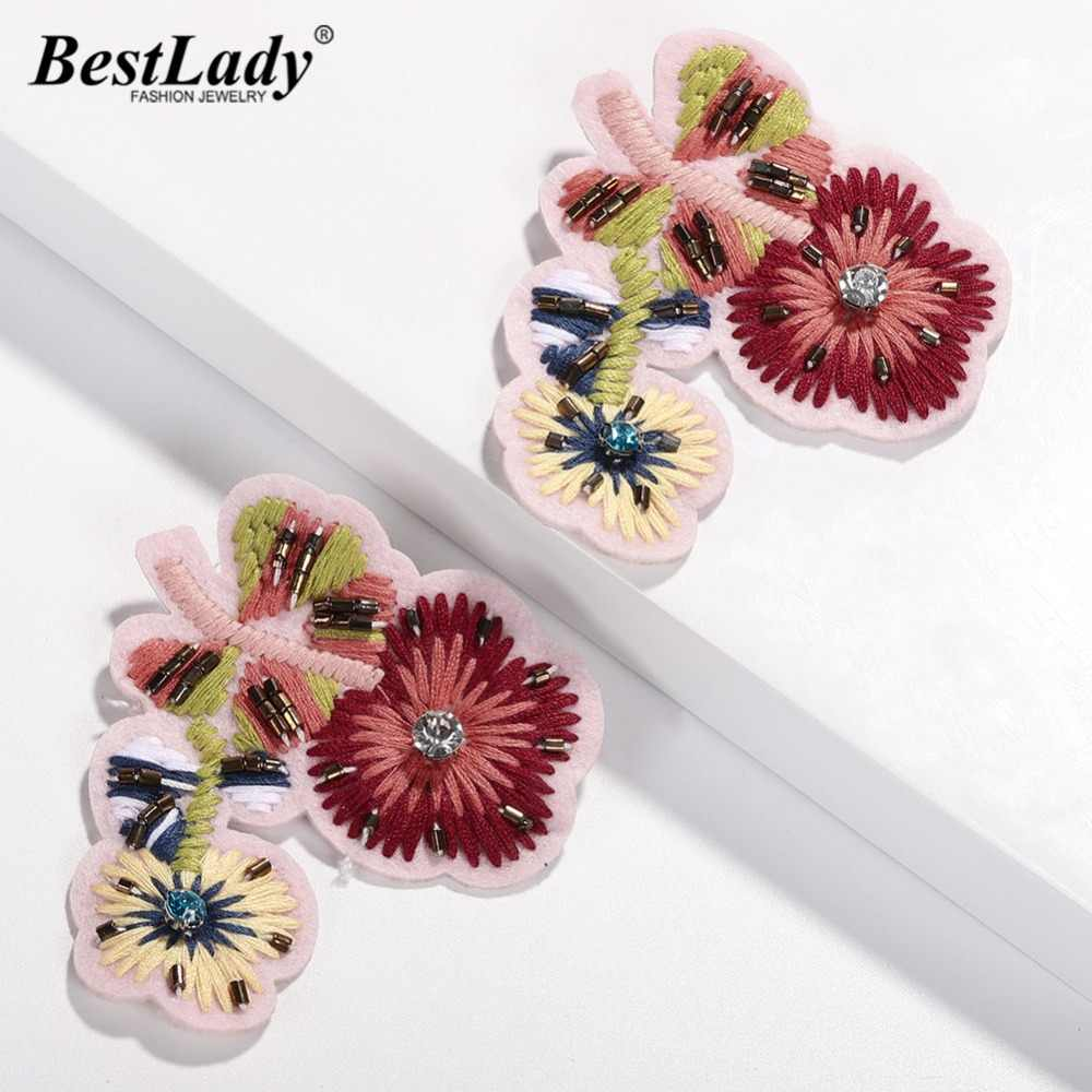 Best lady New Fashion Flower Drop Earrings For Women Handmade Wedding Party Bohemian Crystal Plant Statement Earring Wholesale