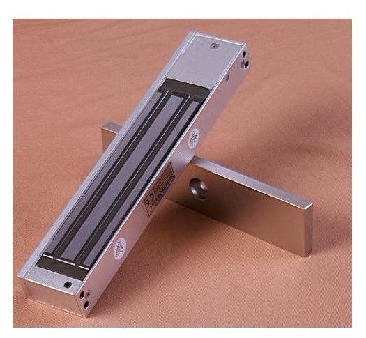 все цены на single Electric magnetic lock with signal Com NO, and NC, use for wooden door ,fire door ,Holding Force: 280kg(600lbs),min:1pcs онлайн