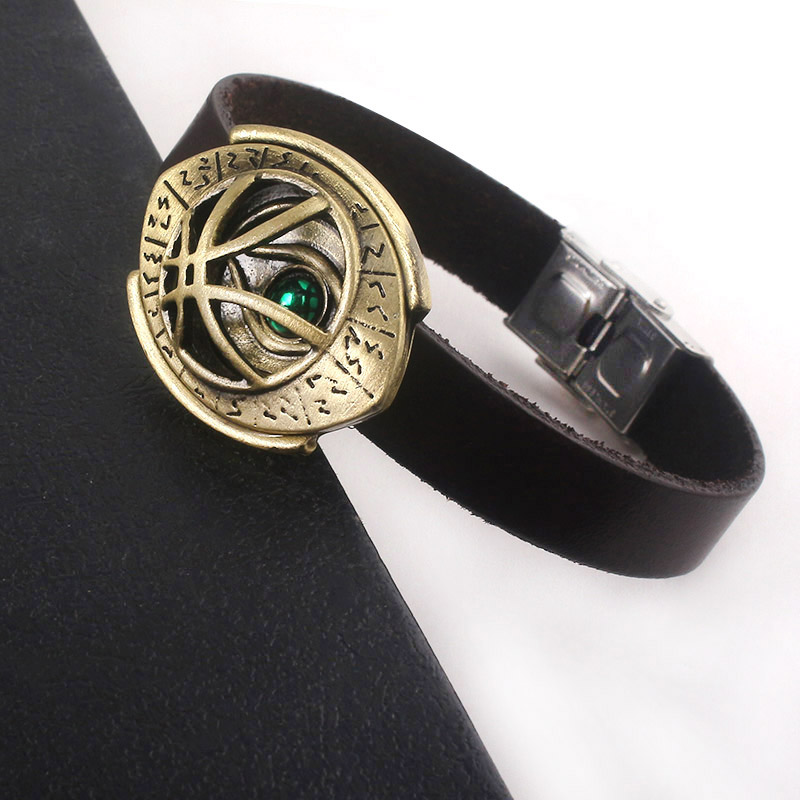Doctor Strange Eye Of Agamotto Bangles For Women Men The Avengers Green Crystal Cuff Bracelets Leather Chain Fashion Jewelry in Charm Bracelets from Jewelry Accessories