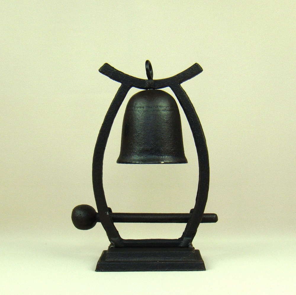 Antique Cast Iron Desk Bell Hanging Metal Handbell Decoration Craft Ornament Gift Accessories for Home and Classroom Decoration