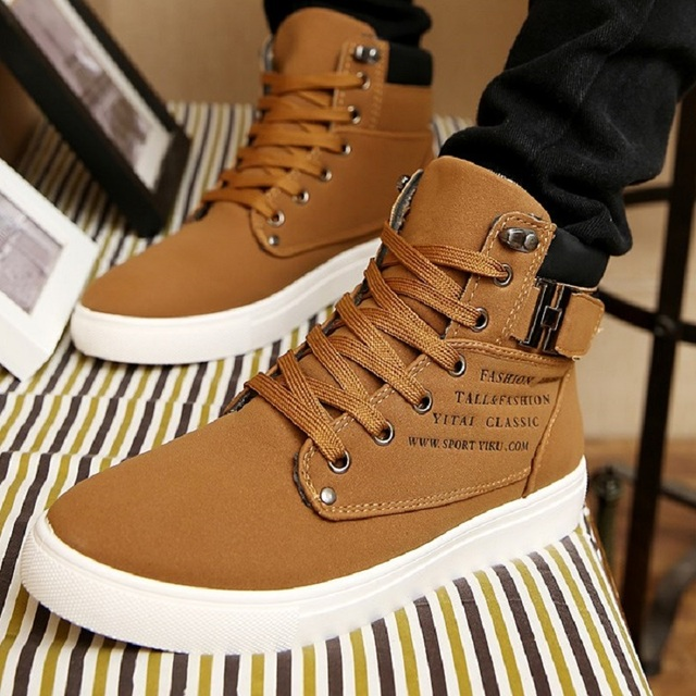 Break Out New Men Boots For Men Leather Boots Breathable Spring Autumn Summer Fashion Men Shoes Casual Big Size 45 46