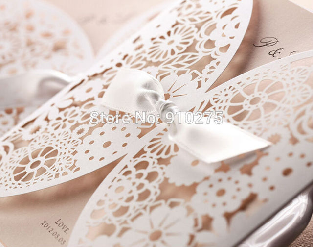 50PCS DIY Laser Cut Vintage Lace Flower Wedding Invitation Template Invite Card Cover With White Bows