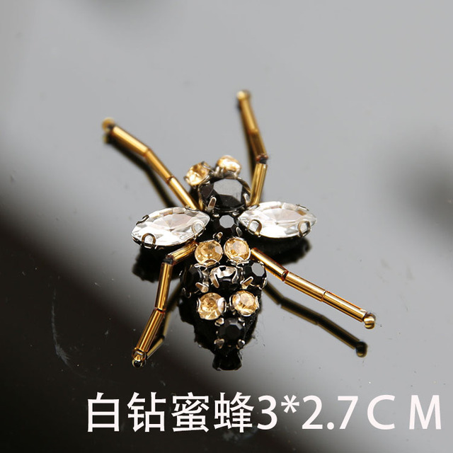 white diamond bee 9b0a5a575b3a