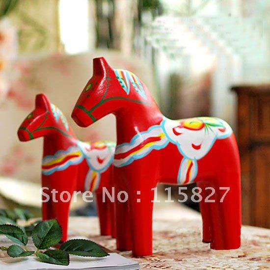 NEW!Hand Painted Red Wooden Horse Sweden National Treasure