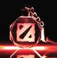 """"""""""" DOTA2 Логотип Знак Кристалл Брелок Брелок СВЕТОДИОДНЫЙ Свет Игрушка Новый в Коробке"""