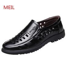 94e63242493f5 الصيف تنفس الرجال اللباس أحذية رسمية حقيقية الجلود أحذية الرجال مصمم  الإيطالي مثقب رجل أسود مكتب الأحذية المتسكعون