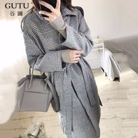GUTU Autumn Spring Fashion 2018 New Pattern Turn Down Collar Plaid Single Breasted Keep Warn
