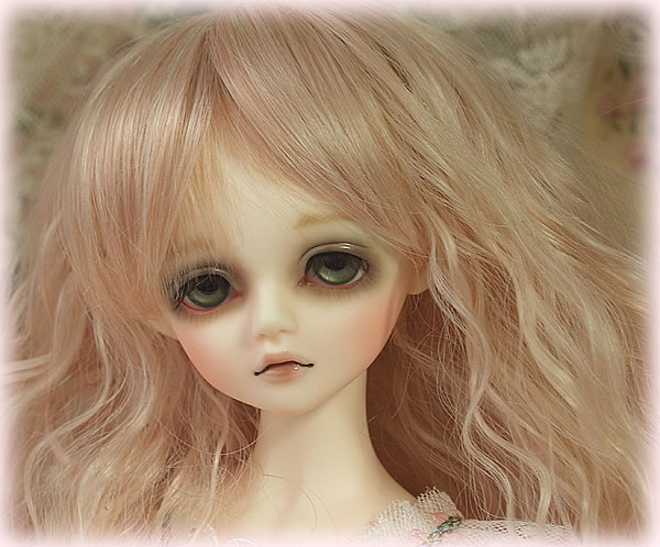 Free shipping ! makeup and eyes included!top quality 1/4 bjd doll  LUTS DOLL kid delf Girl CHERRY girl Brinquedos Hobbies toy