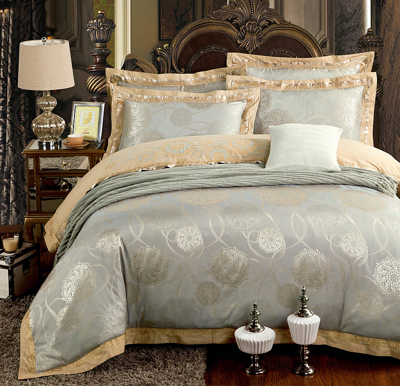 Gold Silver Beige Luxury Silk Jacquard Bedding set Queen King size Duvet cover set Embroidery Bed