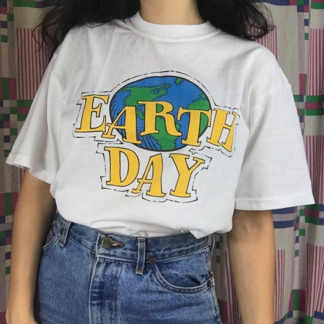 7c8d6fc41 hahayule Summer Fashion Earth Day 90s Aesthetic Women T-Shirt Tumblr  Fashion Street Style Tee Cute Summer Tops Hipsters