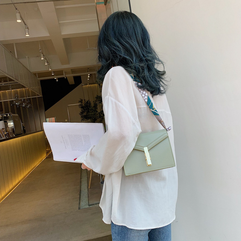 Fashion handbags simple luxury brand designer handbags Solid color shoulder Messenger bag High quality pu ladies messenger bag in Top Handle Bags from Luggage Bags