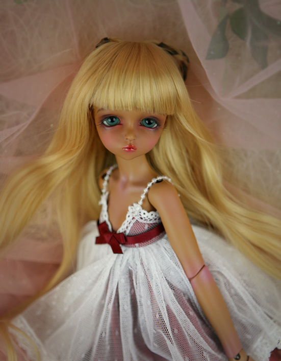 1/4 scale BJD lovely kid BJD/SD sweet cute girl Leeke Mikhaila Resin figure doll DIY Model Toys.Not included Clothes,shoes,wig 1 4 scale bjd lovely kid bjd sd sweet cute girl minifee ryeon resin figure doll diy model toys not included clothes shoes wig