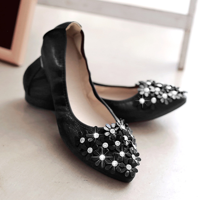 0dd04a392f9a ZHENG PIN JIA REN Women  s Shoes Egg Roll Shoes B23 Pointed Rivets Flowers  Casual Sweet Non Slip Pregnant Women-in Women s Pumps from Shoes on ...