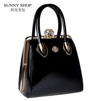 SUNNY SHOP Mode Schädel Diamanten Frauen Tasche Kristall Damen Abendtasche Braut Einkaufstasche Frauen Hochzeit Handtasche Marke Designer