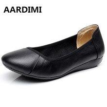 2017 Nouvelles femmes en cuir Véritable chaussures ballerines d'été automne noir blanc mocassins femmes mocassins casual chaussures femme