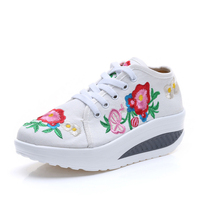 New Arrive Spring Autumn Chinese Old BeiJing Embroidery Shoes Tourism Embroidered Floral Single Walking Dance Shoes