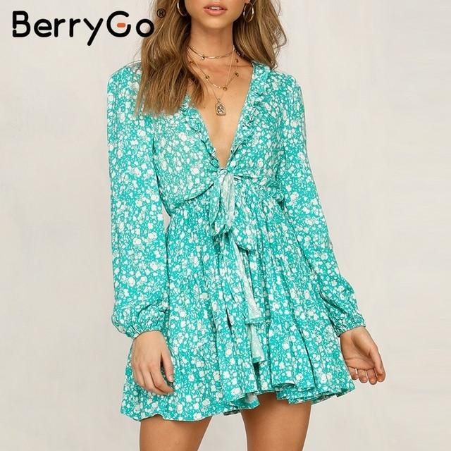 BerryGo винтажное летнее платье с цветочным принтом, женское богемный с длинными рукавами, короткое платье с v-образным вырезом, женская одежда для отпуска, пляжные платья