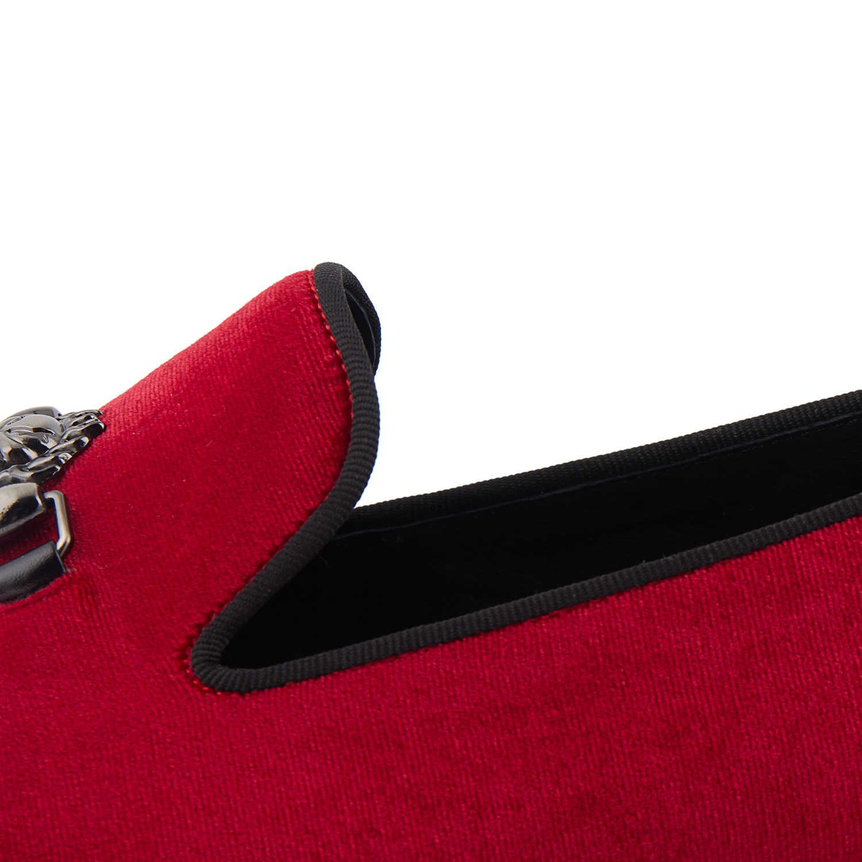 Harpelunde รองเท้าบุรุษ Skull Buckle แบนรองเท้าสีดำกำมะหยี่รองเท้าแตะ Loafers ขนาด 6-14