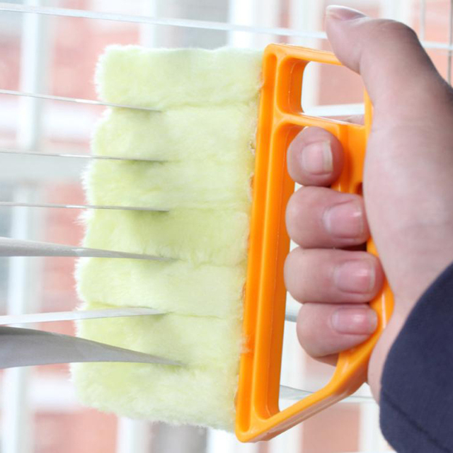 Hand Window Cleaning Brush Venetian Blind Blade Cleaner Washable Duster Clean Household Tool