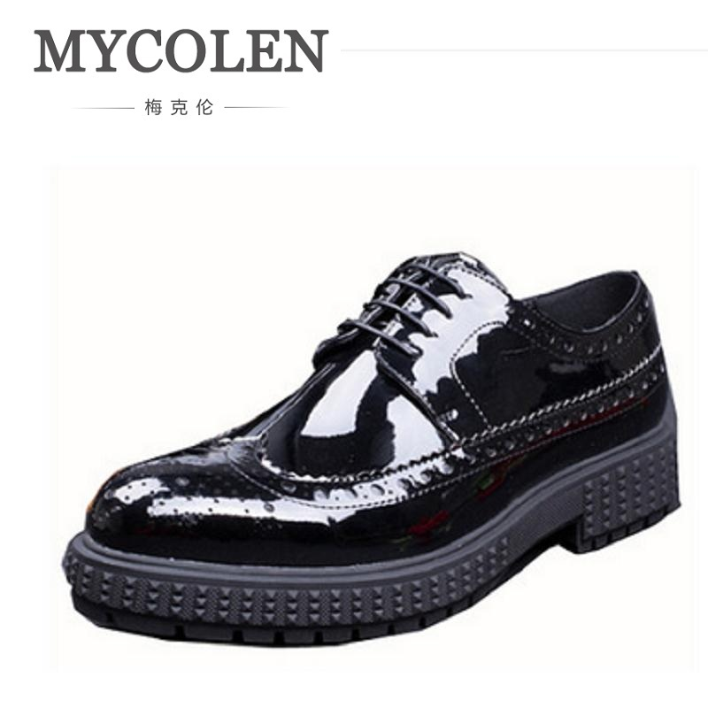 MYCOLEN Luxury Leather Brogue Flats Shoes Casual British Style Oxfords Fashion Men Shoes Brand Dress Footwear Sapatos Homens chic faux leather minimalist tote bag with strap