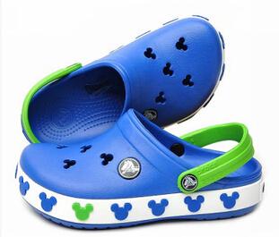 2017 criança verão estilo cr marca sandálias das crianças dos desenhos animados 3d mickey minnie meninos meninas chinelos de praia crianças shoes sandália