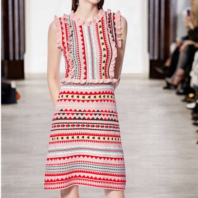 2019 Summer Runway Rainbow Striped Knitted Dress Women 's Sleeveless Butterfly Bright Silk Cute Jacquard Pink Sweater Dress