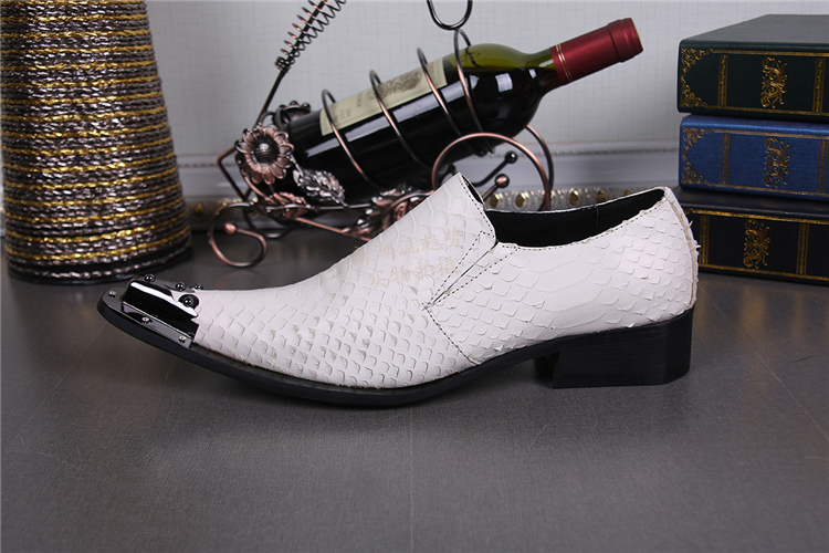 Pregos Loafers Para Homens Sapatos Mens Couro Pele Rebites Com Salto Oxford Itália Escondidas De Cravado Crocodilo Casamento fBE7xB
