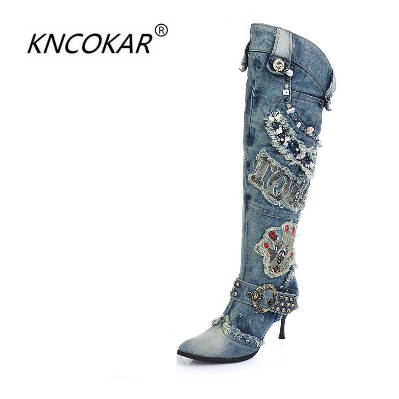 KNCOKAR New Blue Denim Water Wash Knee High Stiletto Heels Pumps Cowboy Women's Shoes High Heels Jean Knight Boots chic women s bleach wash palazzo jeans