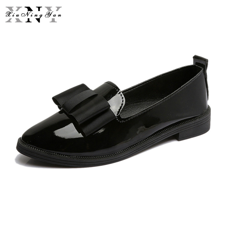 XiuNingYan 2018 New Oxfords Bowtie Platform Shoes Woman Casual Loafers Poined Toe Women Brogue Shoes Slip on Flats Casual Shoes qmn women snake effect leather brogue shoes women round toe platform oxfords shoes woman genuine leather casual platform flats